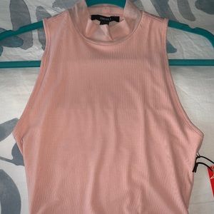 NWT Forever21 Peach Sporty Crop